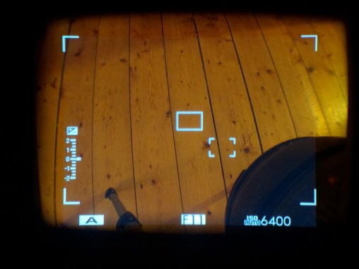This is the view of the floor through the viewfinder with the 14mm attached.